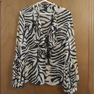 🆕H&M Sheer blouse